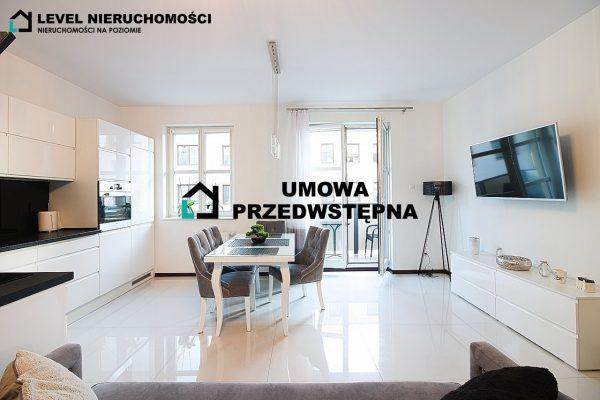 Czteropokojowy apartament na Starówce