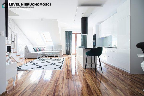 Nowoczesny dwupoziomowy apartament