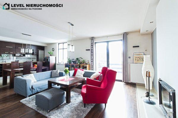 Wyremontowane mieszkanie czteropokojowe